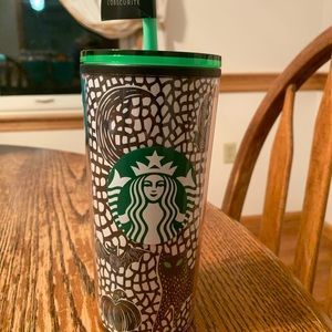Tall Starbucks glow in the dark tumbler